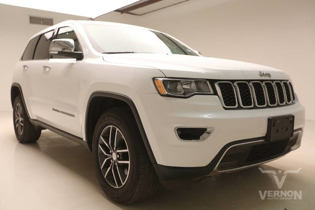 Photo Used 2017 Jeep Grand Cherokee Limited 4x4 in Vernon TX