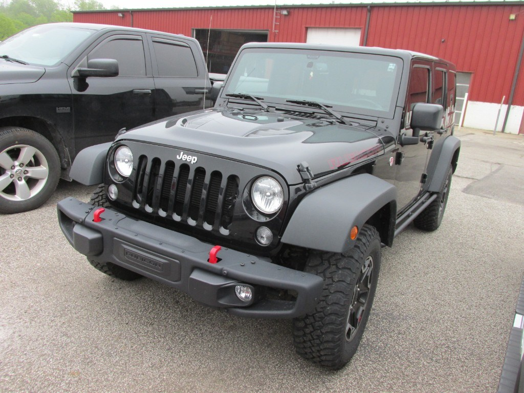 Photo 2015 Jeep Wrangler Unlimited RED Rock SUV for sale Near Cleveland