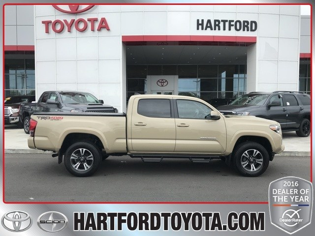 Photo 2016 Toyota Tacoma TRD Sport Long BED Truck 4WD
