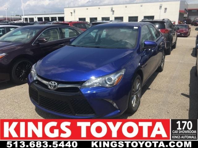 Photo Used 2015 Toyota Camry SE in Cincinnati, OH