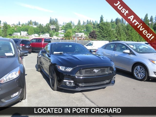 Photo Used 2015 Ford Mustang GT Premium for Sale in Tacoma, near Auburn WA