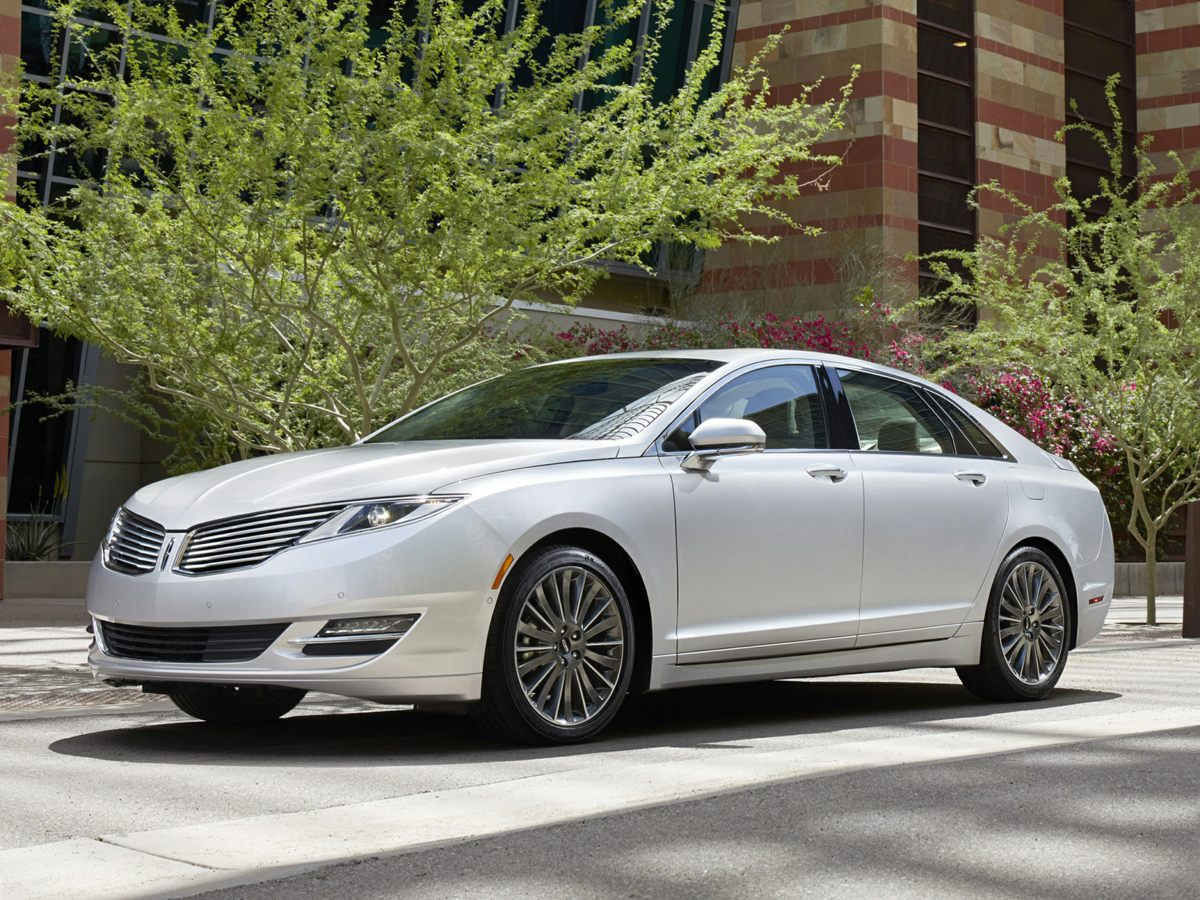 Photo Used 2015 Lincoln MKZ Hybrid in West Palm Beach, FL
