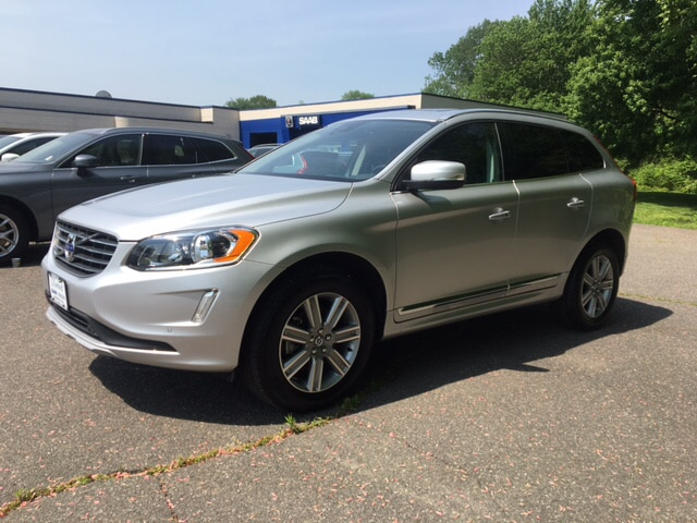 Photo 2016 Volvo XC60 T6 SUV in South Deerfield, MA