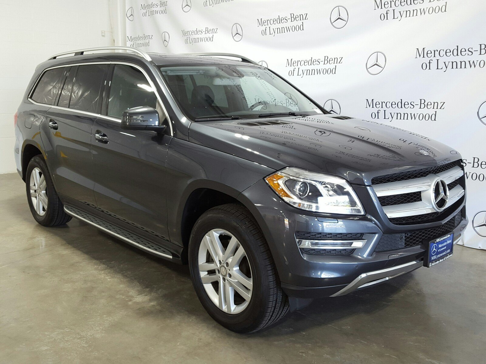 Photo Certified Pre-Owned 2015 Mercedes-Benz GL 450 4MATIC