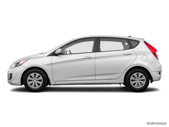 Photo Used 2015 Hyundai Accent GS Hatchback Automatic Front-wheel Drive in Chicago, IL