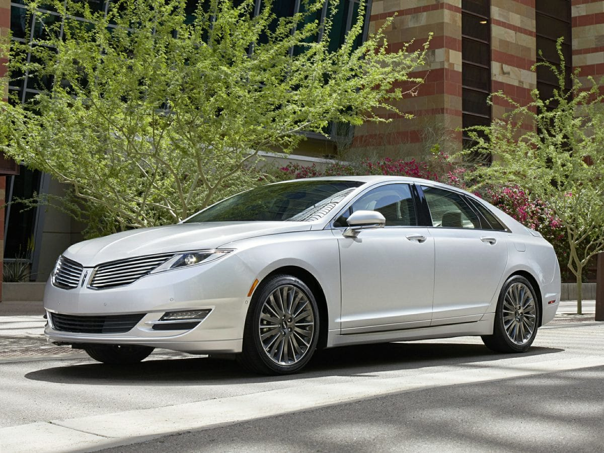 Photo Used 2014 Lincoln MKZ Hybrid in Cincinnati, OH