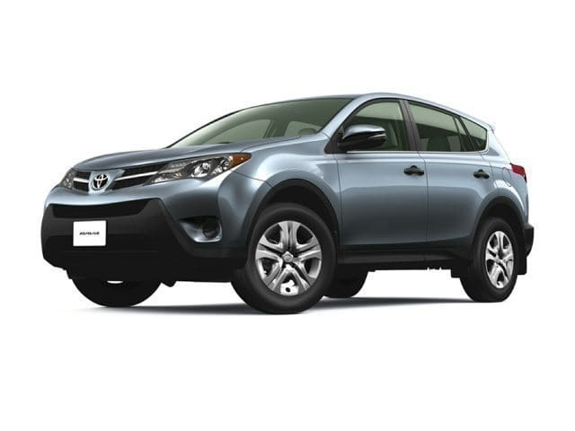 Photo Used 2015 Toyota RAV4 LE SUV 4-Cylinder DOHC Dual VVT-i for Sale in Puyallup near Tacoma