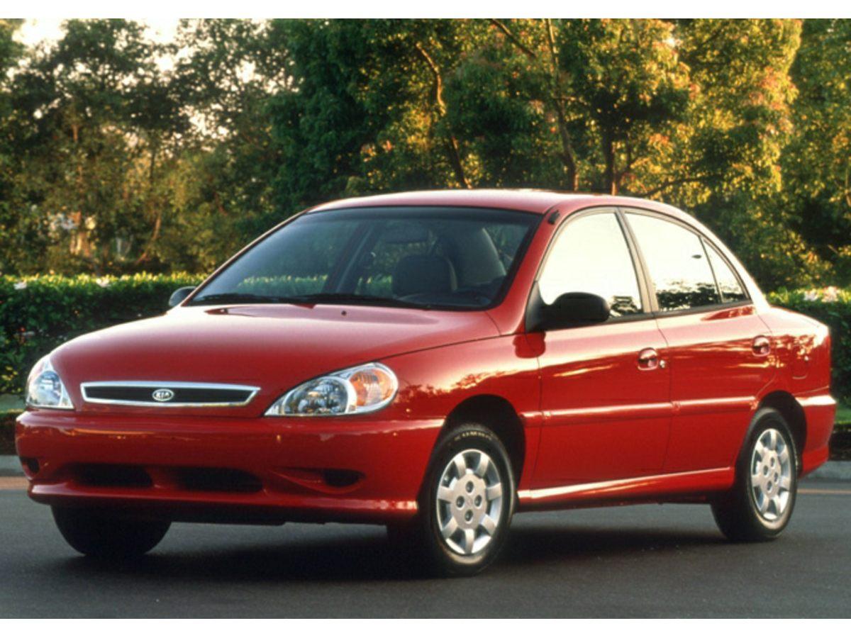Photo Pre-Owned 2002 Kia Rio FWD 4D Sedan