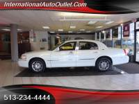 2006 Lincoln Town Car Signature Limited for sale in Hamilton OH