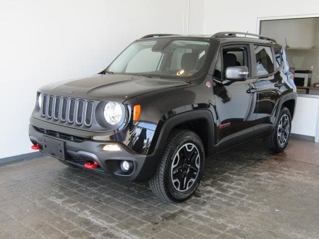 Photo Used 2015 Jeep Renegade Trailhawk 4x4 in Brunswick, OH, near Cleveland