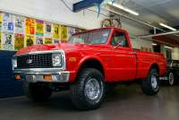 1972 Chevrolet Pickup 4x4 Show Truck Houndstooth