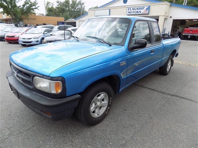 Photo 1994 Mazda B-Series Pickup B3000 SE for sale in Boise ID
