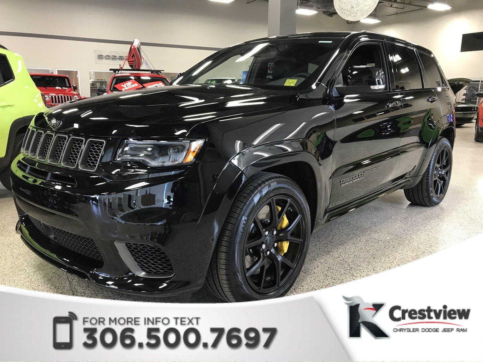 Photo New 2018 Jeep Grand Cherokee Trackhawk 6.2L Supercharged Hemi  Sunroof  Navigation  DVD 4WD Sport Utility