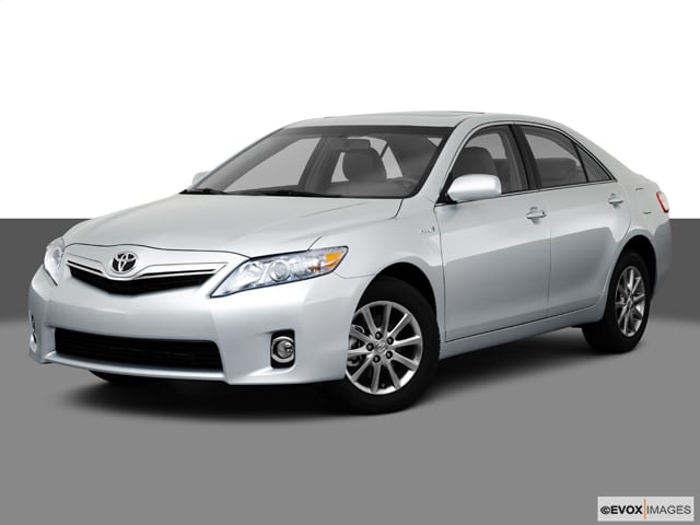 Photo Used 2011 Toyota Camry Hybrid for sale in Fairfax, VA