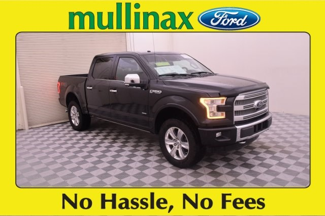 Photo Used 2016 Ford F-150 Platinum W Twin Panel Moonroof, MAX TOW Package Truck SuperCrew Cab V-6 cyl in Kissimmee, FL
