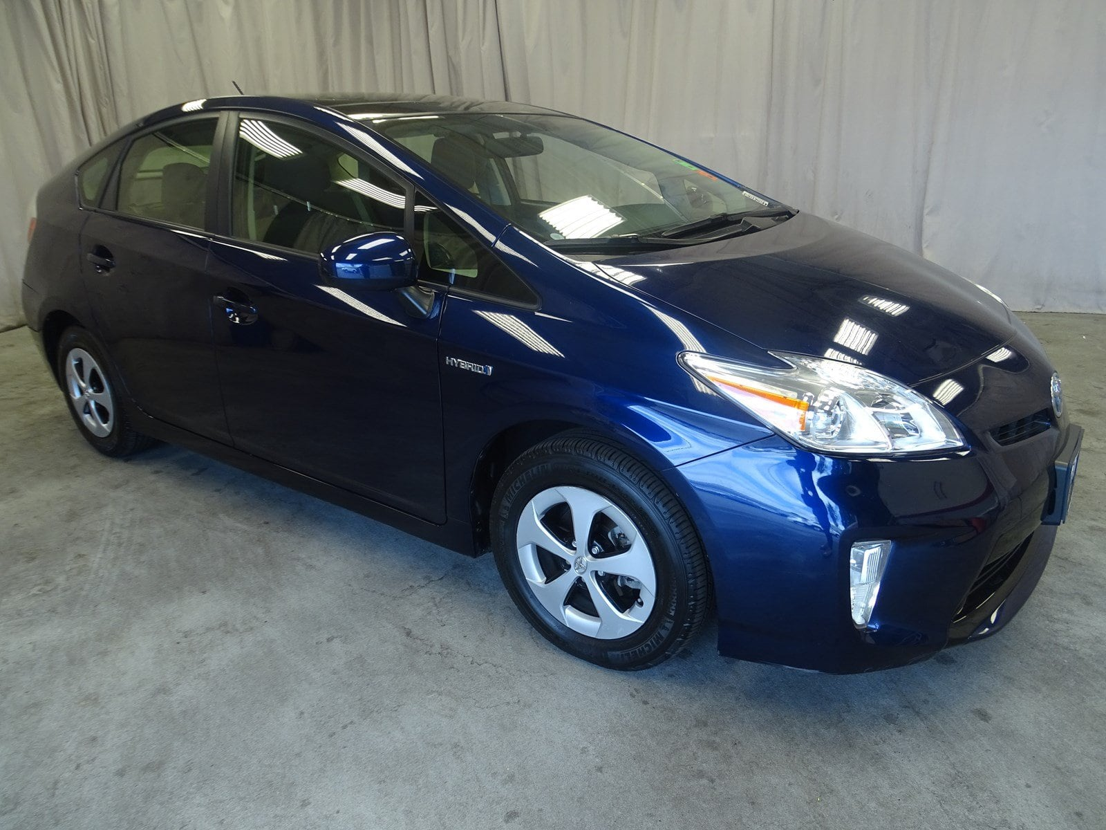 Photo Used 2013 Toyota Prius Three For Sale in Sunnyvale, CA