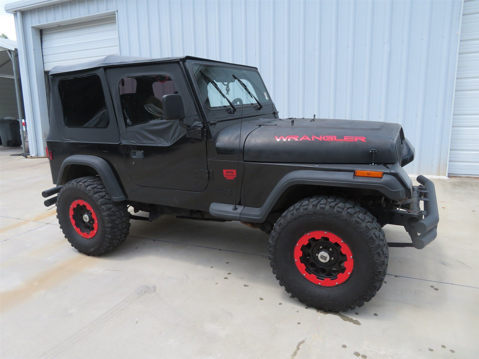 Photo PRE-OWNED 1994 JEEP WRANGLER S 4WD