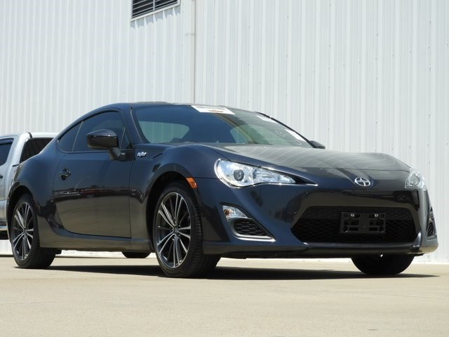 Photo 2015 Scion FR-S Coupe Rear-wheel Drive For Sale Serving Dallas Area