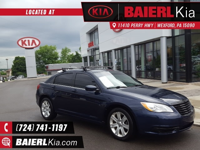 Photo Used 2013 Chrysler 200 Touring Sedan for Sale in Wexford,PA