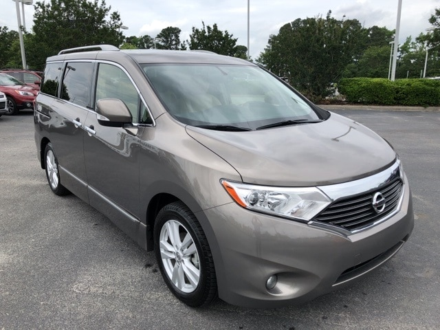 Photo Used 2014 Nissan Quest SL near Greenville, NC