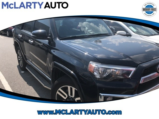 Photo Pre-Owned 2017 Toyota 4Runner Limited in Little RockNorth Little Rock AK