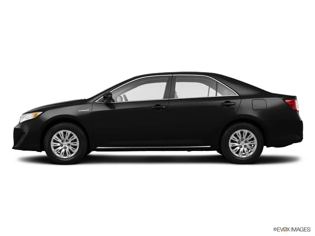 Photo Used 2014 Toyota Camry Hybrid XLE in Sterling, VA