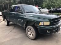 2000 Dodge Ram 1500 Truck Club Cab V-8 cyl
