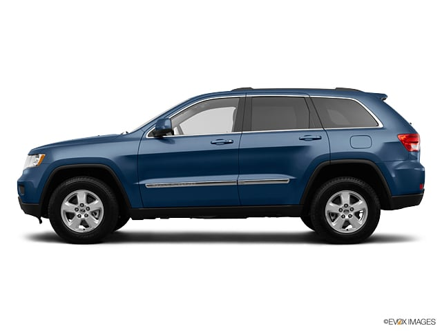 Photo Used 2012 Jeep Grand Cherokee Laredo 4x4 For Sale in Sunnyvale, CA