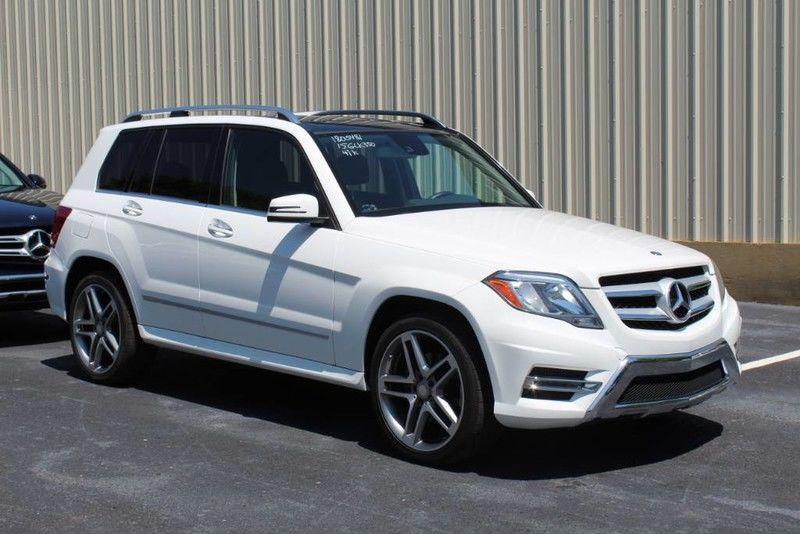 Photo 2015 Mercedes-Benz GLK-Class GLK 350 12K OPTIONS, MULTIMEDIA PKG, LANE TRACKING PKG, AMG WHEELS