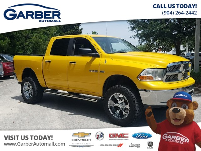 Photo Pre-Owned 2009 Dodge Ram 1500 SLT LIFTED TRUCK 4WD