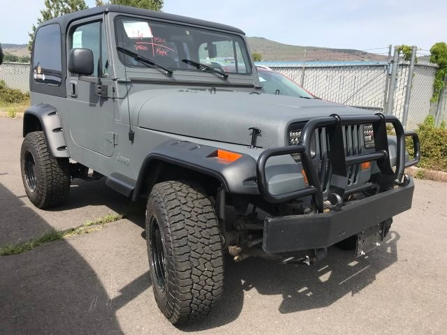 Photo Used 1994 Jeep Wrangler SE SUV 4x4 in Klamath Falls