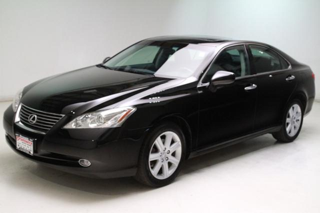 Photo Used 2008 LEXUS ES 350 4dr Sdn in Brunswick, OH, near Cleveland