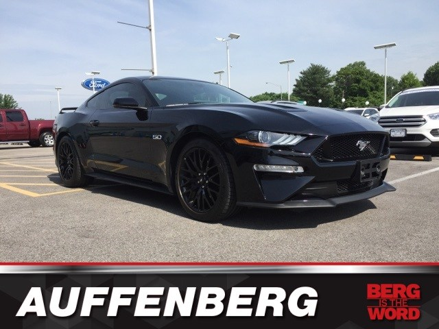 Photo Used 2018 Ford Mustang GT Premium Coupe V8 Ti-VCT for sale in OFallon IL