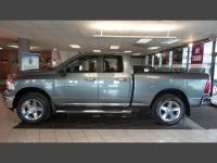 2012 Ram 1500 SLT 4WD / HEMI for sale in Hamilton OH
