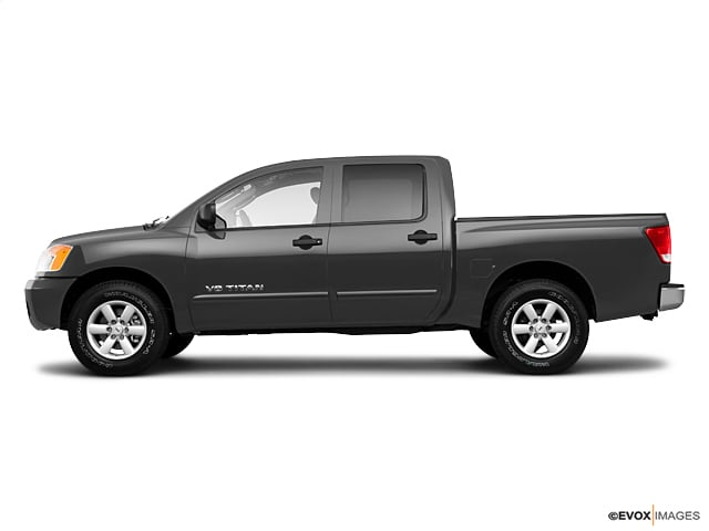 Photo Used 2010 Nissan Titan SE Truck Crew Cab 4x4 in Chico, CA