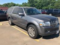 2013 Lincoln Navigator L 2WD 4dr Sport Utility for Sale in Mt. Pleasant, Texas