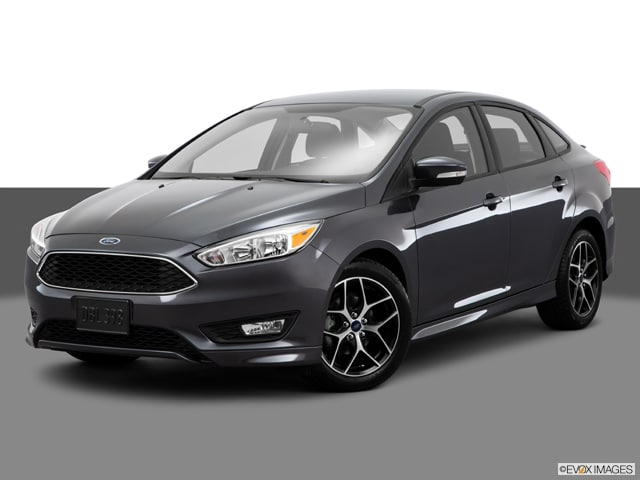 Photo Used 2015 Ford Focus SE Sedan Manual Front-wheel Drive in Chicago, IL