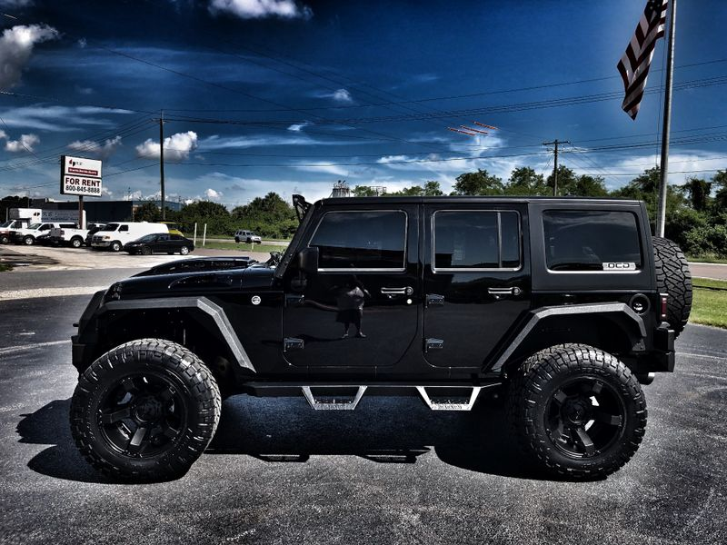 Photo Used 2018 Jeep Wrangler JK Unlimited RUBICON CUSTOM LIFTED BLACK-OUT