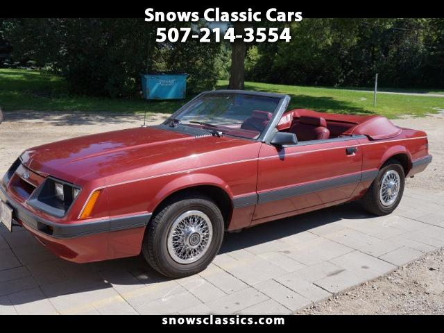 Photo 1985 Ford Mustang LX convertible