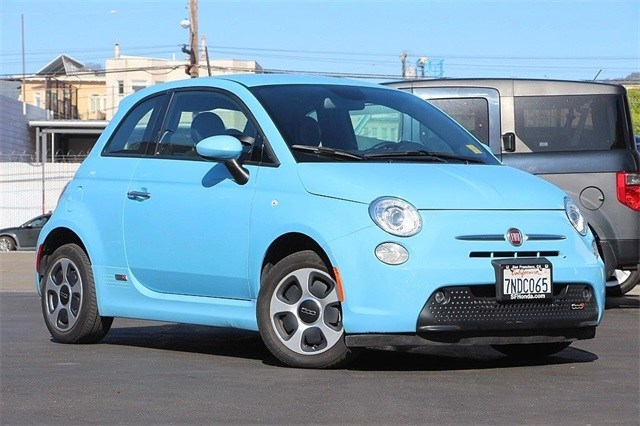 Photo 2015 FIAT 500e Battery Electric Hatchback at San Francisco, Bay Area Used Vehicle Dealer