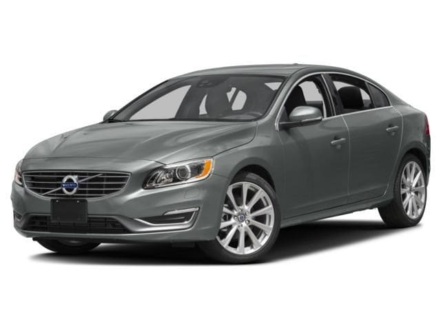Photo Pre-Owned 2017 Volvo S60 T5 Inscription FWD Platinum Sedan in Corte Madera, CA