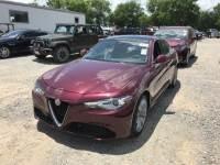 2017 Alfa Romeo Giulia RWD 4dr Car Base