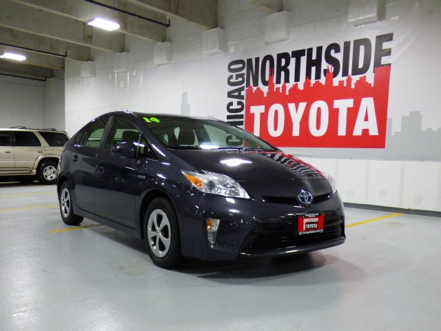Photo Used 2014 Toyota Prius Three For Sale Chicago, IL