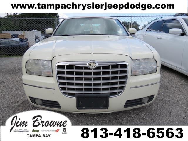 Photo 2005 Chrysler 300 Touring Sedan in Tampa