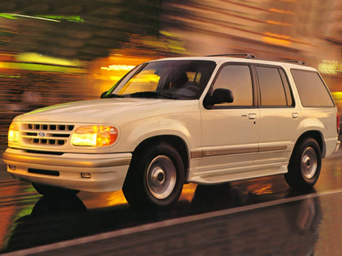 Photo Used 1999 Ford Explorer Limited in Cincinnati, OH