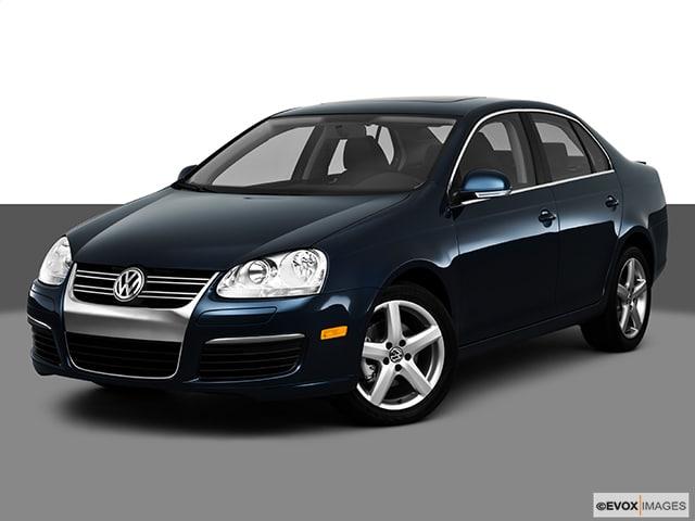 Photo 2010 Volkswagen Jetta TDI Sedan Front-wheel Drive - Used Car Dealer Serving Fresno, Tulare, Selma,  Visalia CA