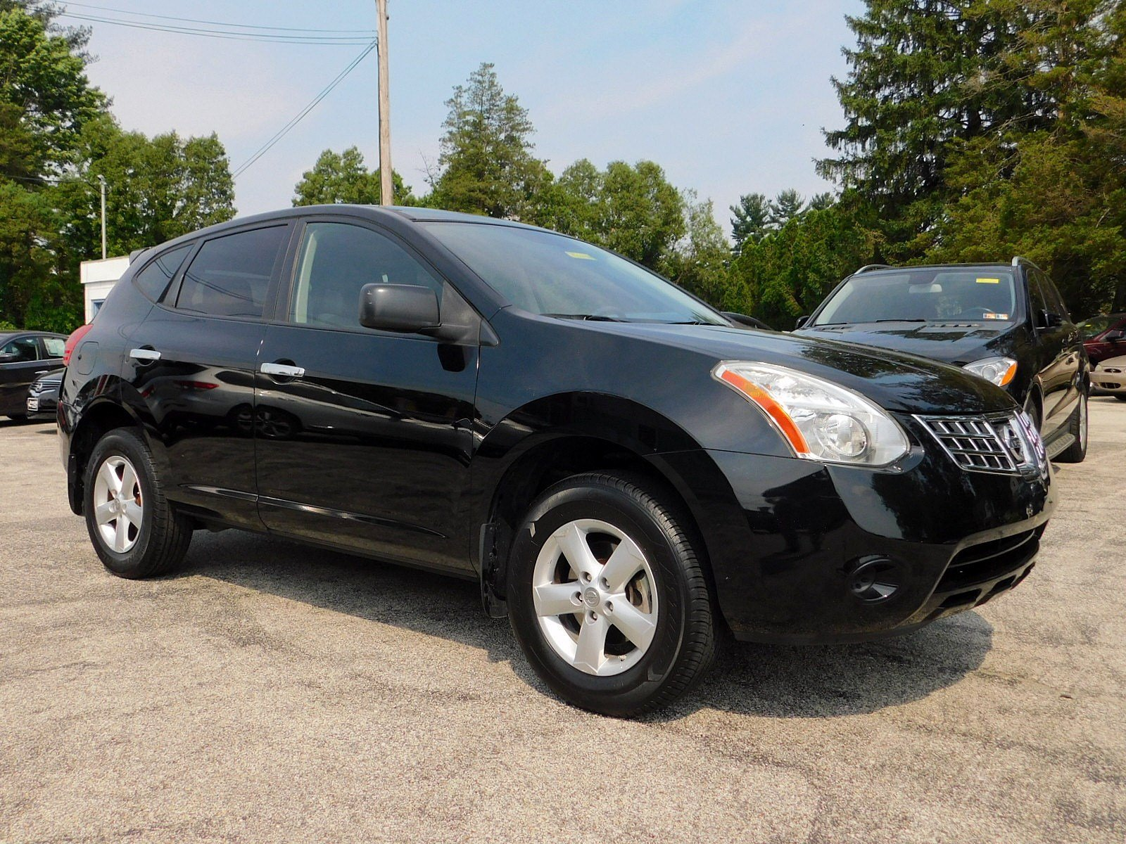 Photo 2010 Nissan Rogue S Krom Edition SUV