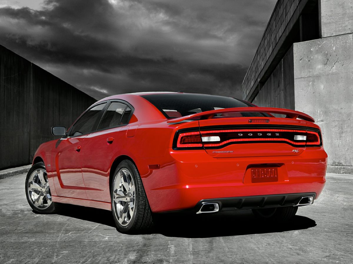 Photo Used 2014 Dodge Charger RT Sedan For Sale Findlay, OH