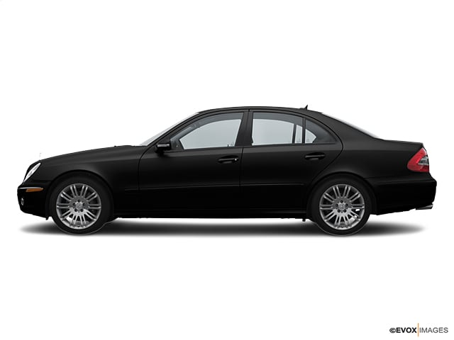 Photo Used 2007 Mercedes-Benz E-Class Base For Sale in Sunnyvale, CA
