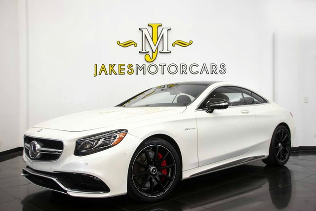 Photo 2016 Mercedes-Benz S-Class S63 AMG DESIGNO COUPE 189,380 MSRP